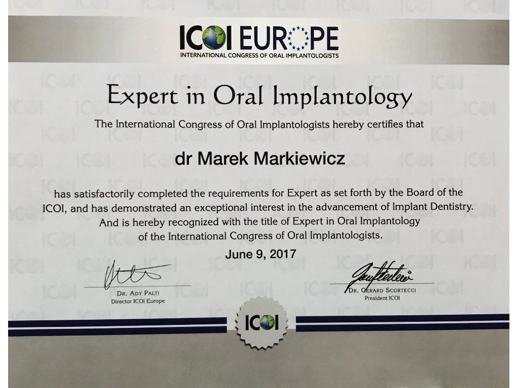 Expert in Oral Implantology 02
